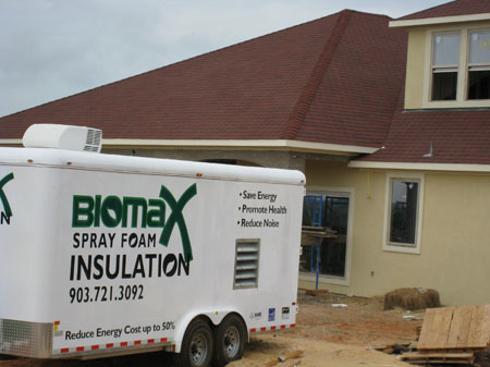 Biomax spray foam insulation rig
